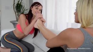 Adulttime Aidra Fox And India Summer Footsie Teen Lesbian Sisters